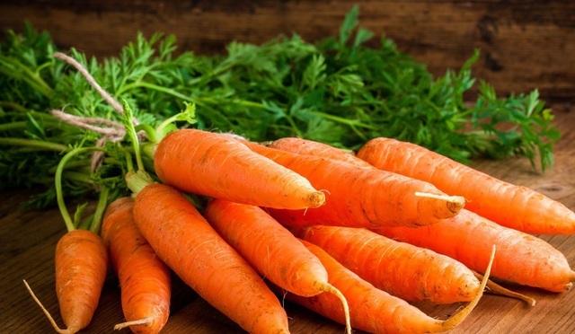 Cà rốt tươi ngon làm nguyên liệu sấy